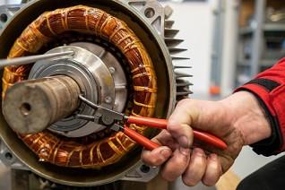 Generální oprava stacionárního kompresoru
